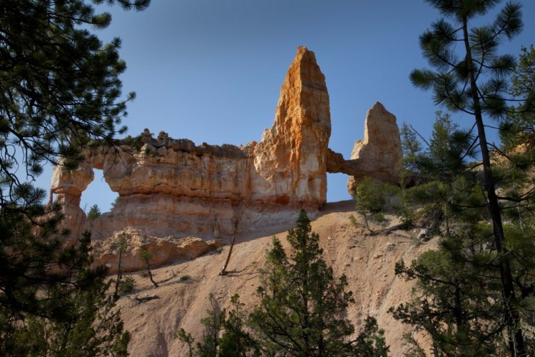 tower-arch-fairyland-trail