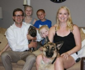 Family with two Zauberberg dogs