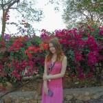 Лена с цветочками