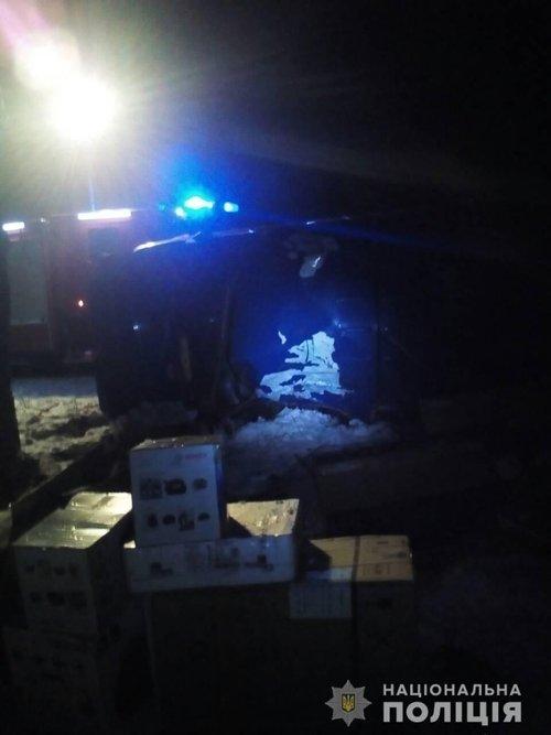 ДТП у Сокальському районі: загинув водій та травмувалися четверо пасажирів автомобіля