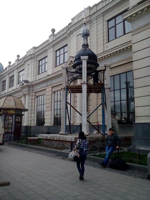 На залізничному вокзалі Львова встановили каплицю (ФОТО)