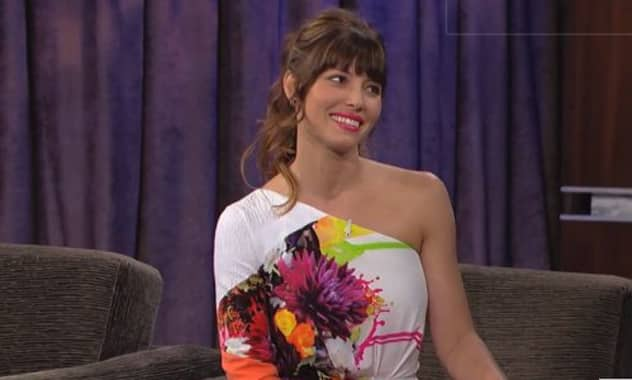 Jessica Biel's Jimmy Kimmel Dress Is A Little Jarring 2