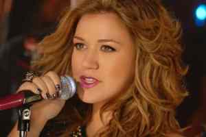 Kelly Clarkson's 'Catch My Breath' Released