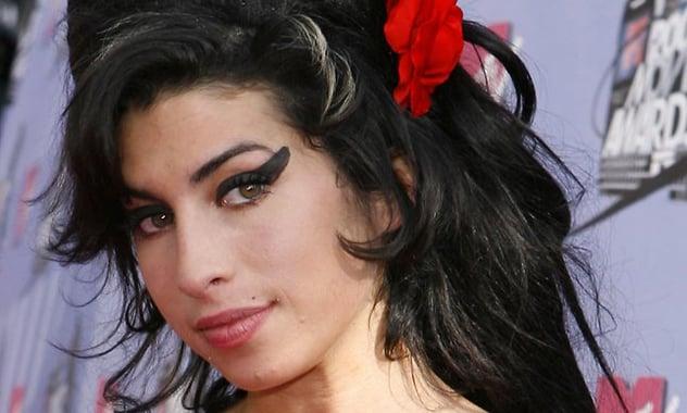 Amy Winehouse's Wedding Dress Stolen From Singer's Home