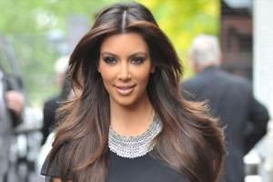 Kim Kardashian Shows Off Baby Bump At 'Temptation' Premiere In Atlanta