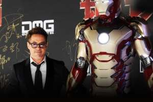 [UPDATED] - Robert Downey Jr. World Tour & Movie Clip- IRON MAN 3  2