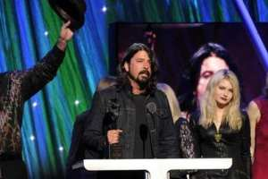 Rock And Roll Hall Of Fame Welcomes Nirvana, Kiss And The E Street Band Among It's Honored Stars 2
