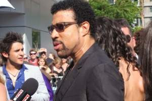BET Misspells Lionel Richie's As He is Awarded Lifetime Achievement Award