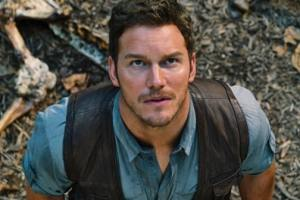 JURASSIC WORLD Chris Pratt Runs For His life In New Clip
