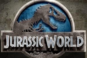 "JURASSIC WORLD - New ""A Look Inside"" Featurette with Steven Spielberg and Chris Pratt 2"