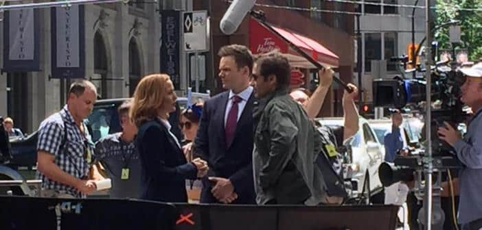 Mulder and Scully's Already Back To Work As First Episode Begins Filming