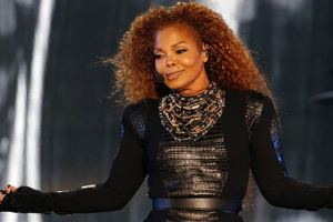 Fans Enraged As Despite Janet Jackson's Indefinite Hiatus From Her Tour, No Refunds Are Being Accepted As Of Yet