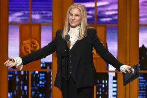 Barbra Streisand Has A Chat With Apple Director Tim Cook To Have Siri Say Her Name Right