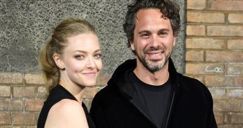 amanda-seyfried-and-thomas-sadoski