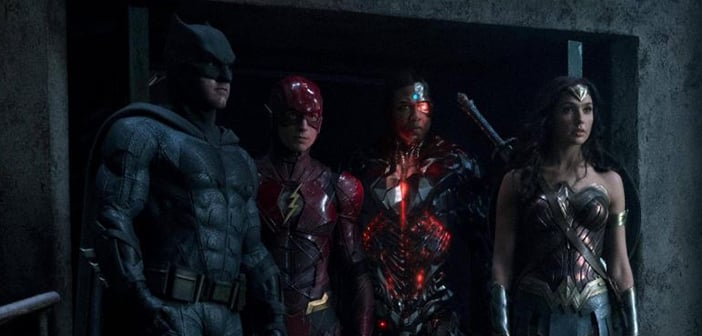 Wonder Woman, Aquaman and Cyborg Show Their Readiness In New 'Justice League' Pic 9