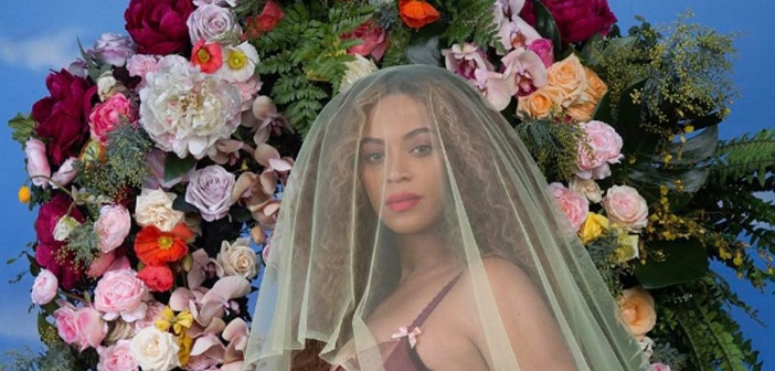 Social Media  Blows Up From Fans Rejoicing Over Beyonce's Pregnancy Announcement