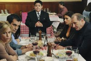 Contract Negotiations With Modern Family Cast Might Cause Some Issues For The Upcoming Season Nine