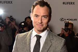 Jude Law will play young version Albus Dumbledore