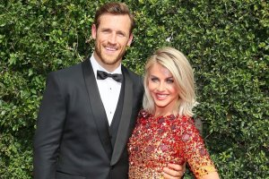 Julianne-Hough-marries-Brooks-Laich-