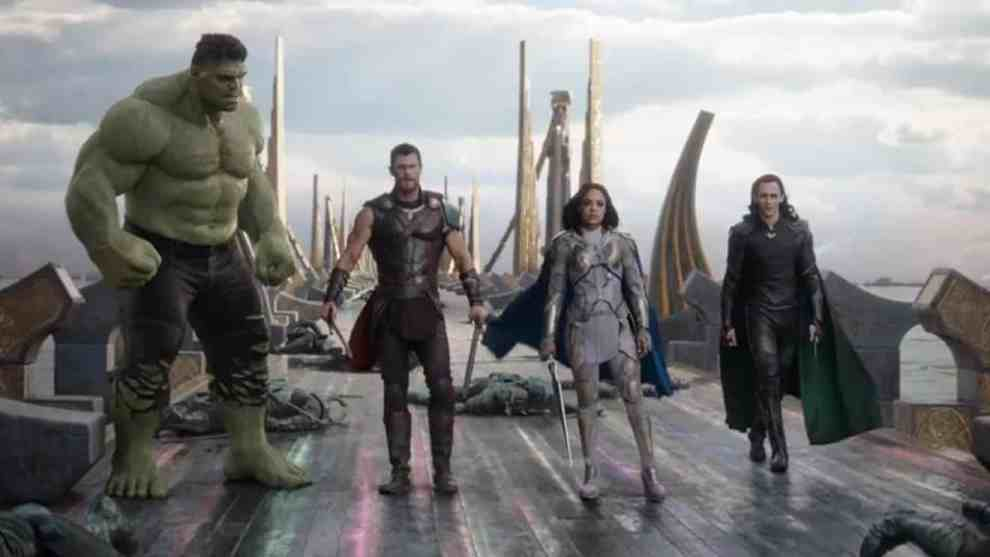 Mark Ruffalo, Tom Hiddleston, Chris Hemsworth, and Tessa Thompson in Thor Ragnarok
