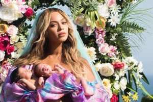 Photo of Beyonce twins