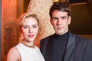 scarlett johansson and romain dauriac are divorced