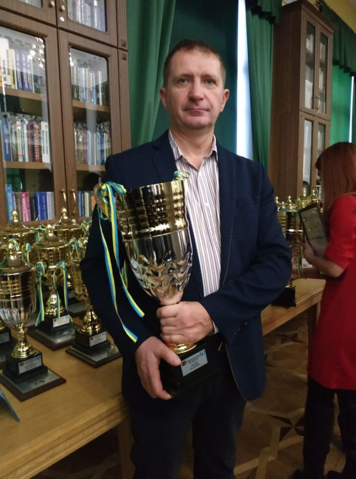 Володимир Кулинич на Урочистій церемонії нагородження переможців та призерів  Чемпіонатів, Кубків України та національних серій з автомобільного  спорту 2019 року.