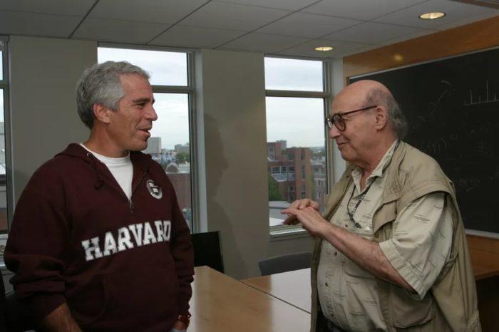 Jeffrey Epstein e Marvin Minsky (foto: Rick Friedman / Corbis / The Verge)