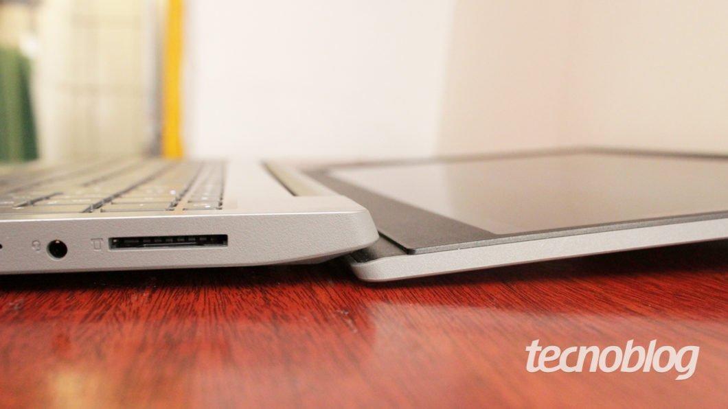 O Lenovo Ideapad S145 tem abertura de 180 graus na tela