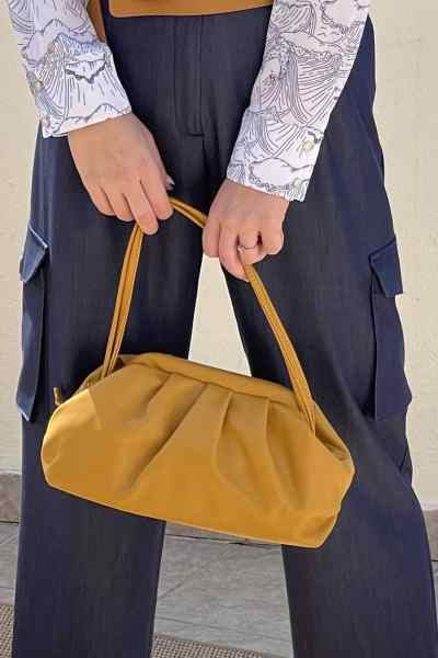 Τσάντα μεσαίου μεγέθους