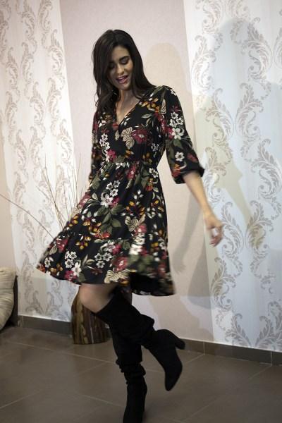 Φόρεμα με λουλούδια φλοράλ κρουαζέ