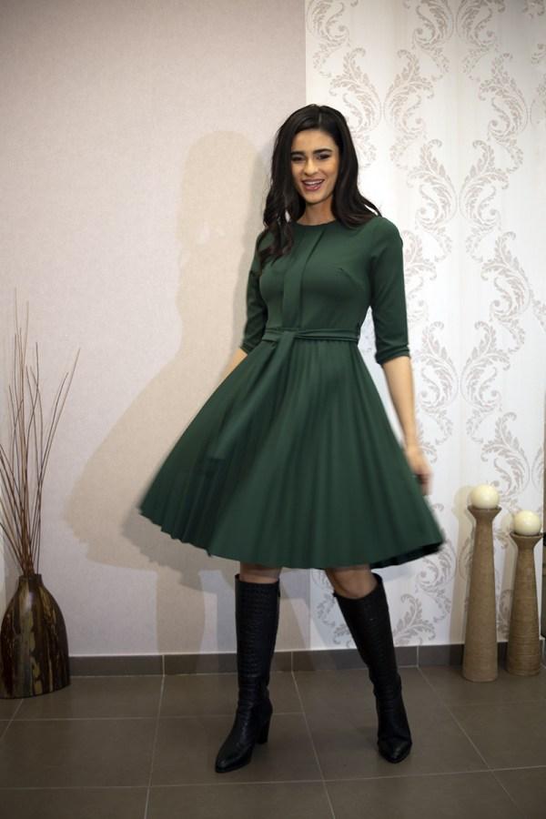 Φόρεμα με πιέτα
