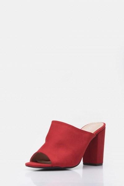 Mule με τετράγωνο τακούνι