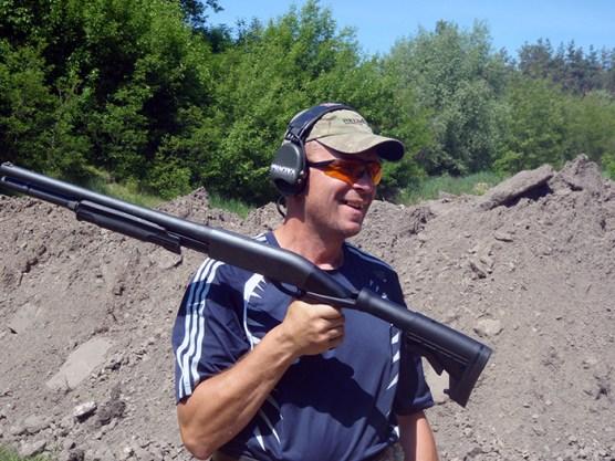 Инструктор по динамической стрельбе.