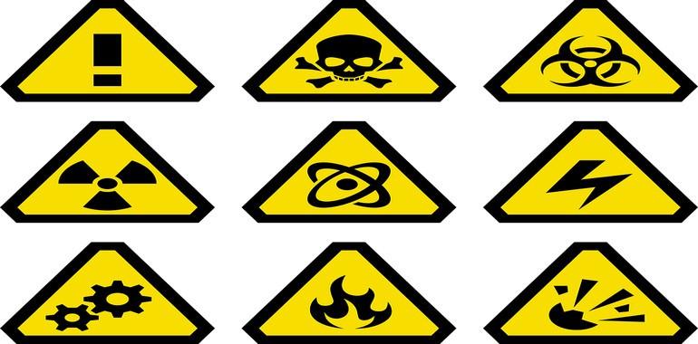 Отровни и леснозапалими вещества и смеси
