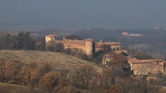 castello-di-momeliano