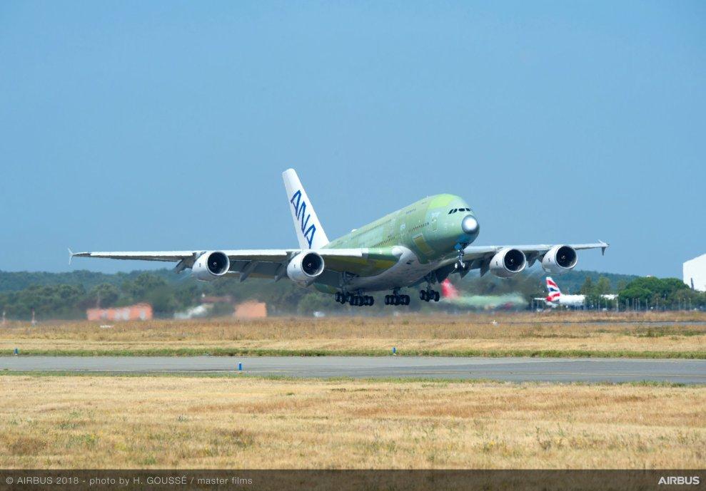 První A380 ještě bez konečného nátěru pro All Nippon Airways. Foto: Airbus