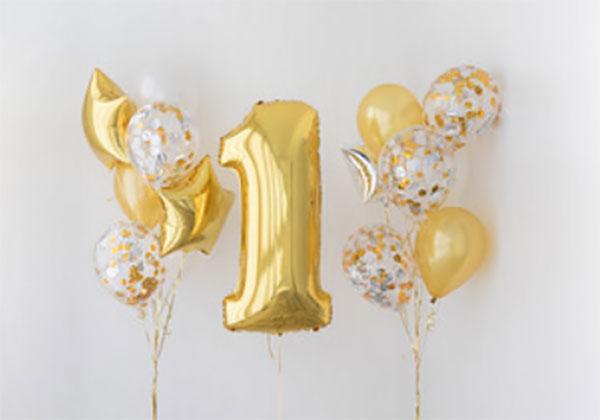 """Надувные шары, в том числе и большая цифра """"один"""""""
