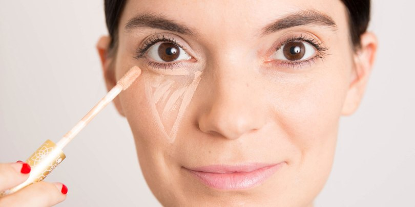 kako nanijeti korektor za lice