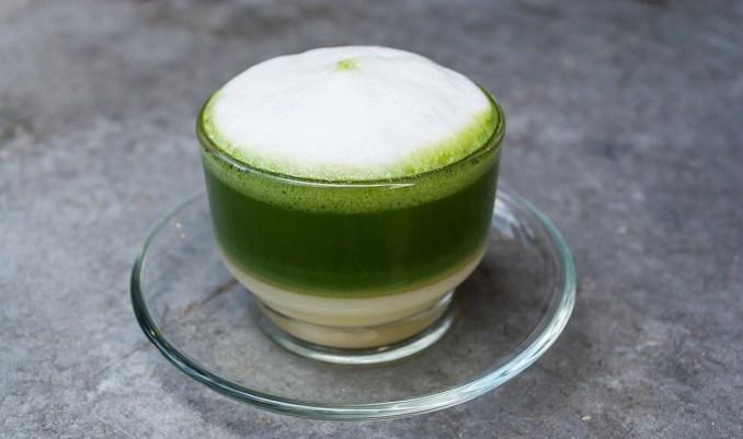 зелен чай с мляко