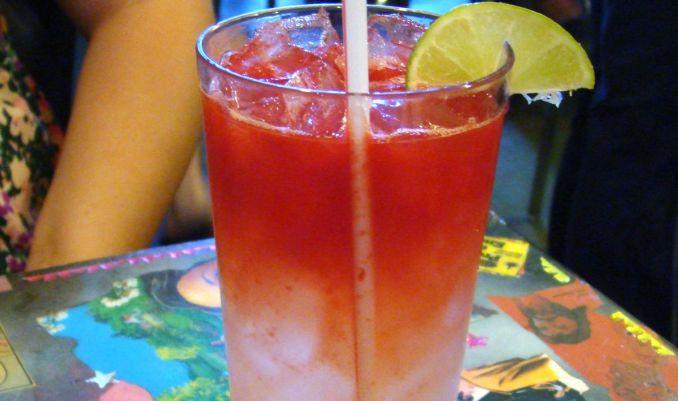 сок от диня и ягоди