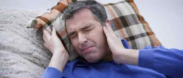 Шум в ушах и голове: причины и лечение в домашних условиях