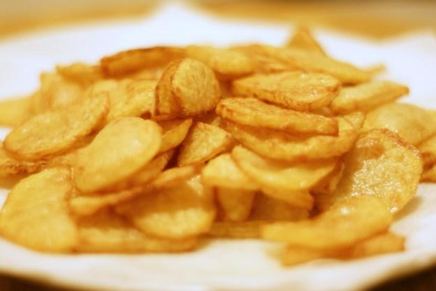 Usmażone ziemniaki.