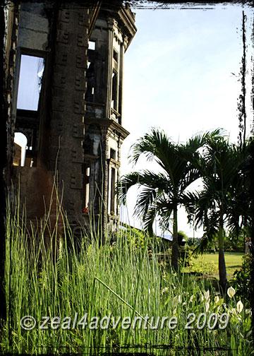 grassy-ruins
