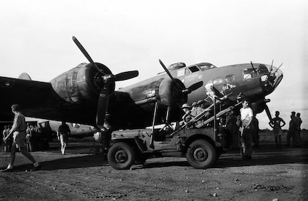 "B-17F ""The Old Man"" at Dobodura"