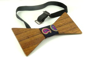 Wooden bow tie-001