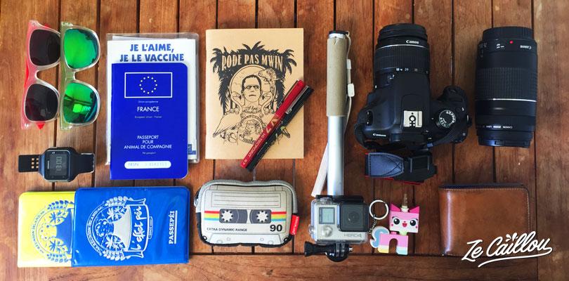 Préparer ses papiers et son matériel pour un voyage avec Ze Caillou