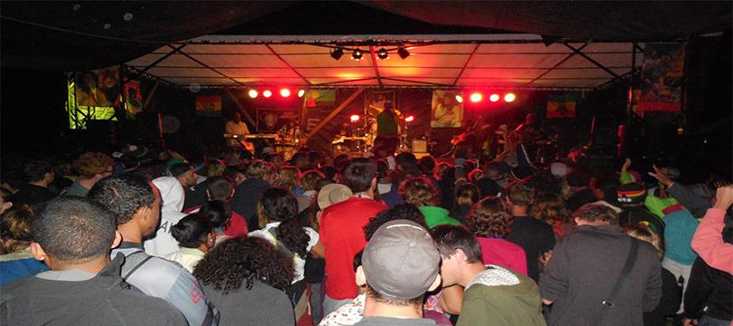 Les scènes de concert à Aurère pour le kabar mafate