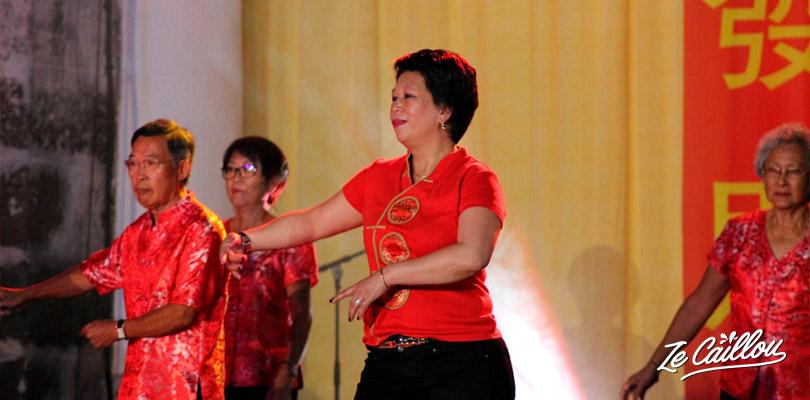 Danse traditionnelle chinoise lors du nouvel an chinois à Saint-Paul, Réunion.