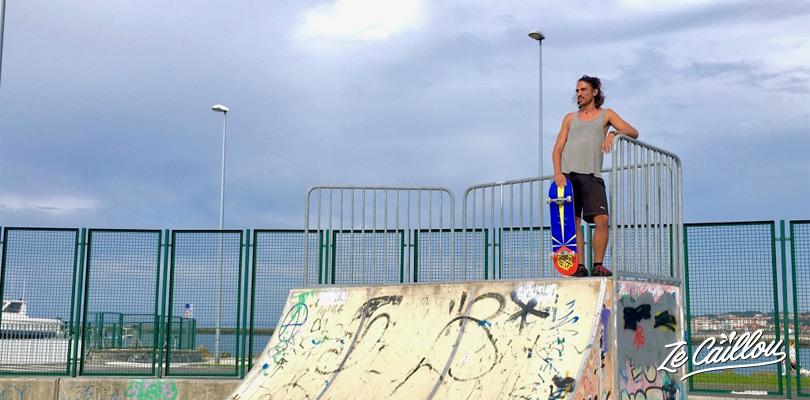 Dormir à Hondarribia sur la côte nord espagnole, le long de la plage et profiter du skate parc, Ze Caillou